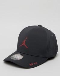 Классическая черная кепка Nike Jordan 801767-011 - Черный