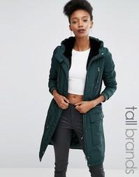 Атласное пальто с искусственным мехом на капюшоне Y.A.S Tall Calvein - Зеленый