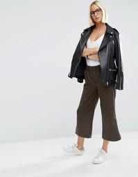 Укороченные широкие брюки с полосой по бокам ASOS Luxe - Коричневый