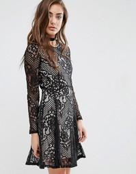 Короткое приталенное платье с кружевом Miss Selfridge - Черный