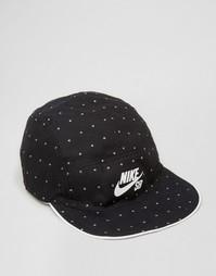 Белая двусторонняя 5‑панельная кепка Nike SB 804541-100 - Белый