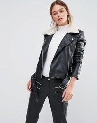 Кожаная куртка с воротником из белого искусственного меха Y.A.S Ash - Черный