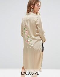 Шелковистое платье-рубашка с вышивкой сзади Young Bohemians - Зеленый