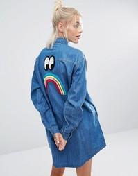 Удлиненная джинсовая рубашка с разноцветными пуговицами Lazy Oaf - Синий