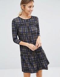 Клетчатое платье с длинными рукавами и баской по краю Closet - Серый