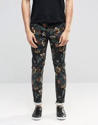 Зауженные брюки с темным цветочным принтом ASOS - Черный