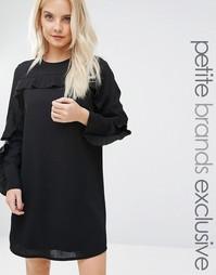 Цельнокройное платье с оборками на рукавах Fashion Union Petite Wescot - Черный