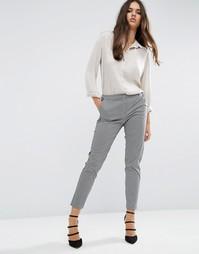 Зауженные брюки с геометрическим принтом ASOS - Мульти