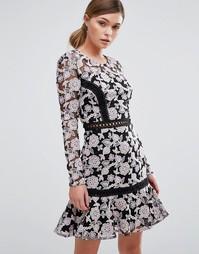 Кружевное платье с контрастной вставкой лесенкой и юбкой-колокол True Decadence - Черный