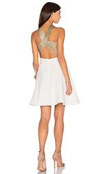 Приталенное и расклешенное платье between the lines - Lumier