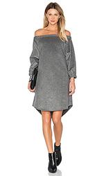 Платье со спущенными плечами - BLAQUE LABEL