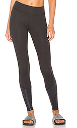 Glass curved side legging - Beyond Yoga