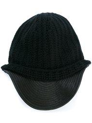 шапка с козырьком Damir Doma