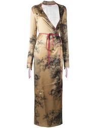 платье с запахом и графическим принтом Attico