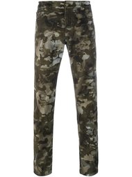 камуфляжные брюки с принтом льва Versus