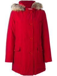 пальто-пуховик 'Arctic' с отделкой из меха енота Woolrich