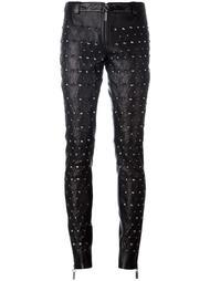 кожаные брюки с заклепками Thomas Wylde