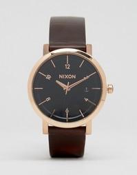 Часы с коричневым кожаным ремешком Nixon Rollo 38 - Коричневый