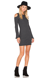 Exposed shoulder dress - NYTT