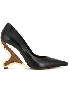 туфли-лодочки на скульптурированном каблуке  Marni