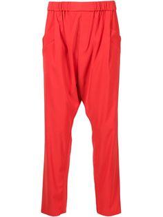 брюки с заниженной проймой Baja East