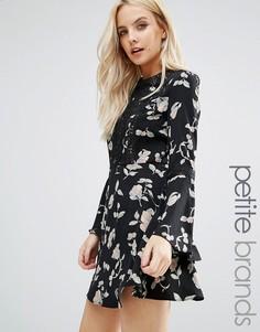 Короткое приталенное платье с цветочным принтом Glamorous Petite - Черный