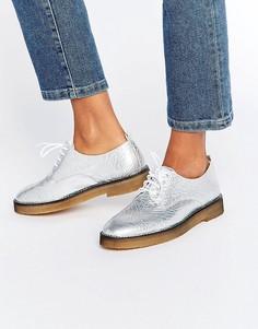 Туфли на плоской подошве и шнуровке Miista Eloise - Серебряный