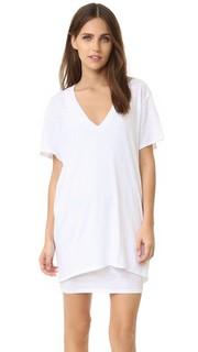 Платье-футболка Talia с V-образным вырезом Feel The Piece