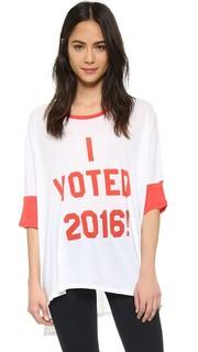 Свободная футболка I Voted Wildfox