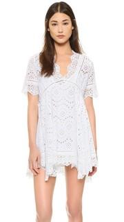 Мини-платье из кружевного шитья Nightcap x Carisa Rene