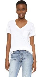 Хлопковая футболка Whisper с V-образным вырезом и карманом Madewell