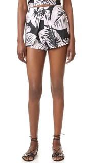 Шелковые шорты в складку Kendall + Kylie