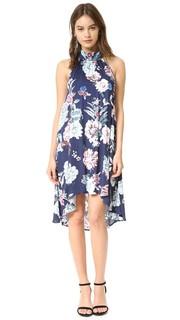 Расклешенное платье с маленькими цветами Minkpink