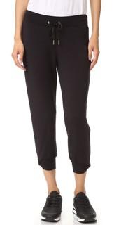 Непринужденные укороченные спортивные брюки с бантом Kate Spade Beyond Yoga