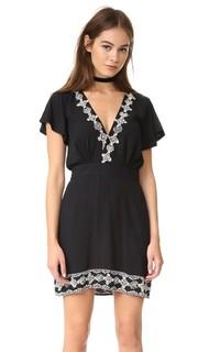 Короткое платье Shay Cleobella