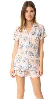 Классическая пижама с цветочным принтом в технике батика Splendid