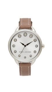 Часы Betty Marc Jacobs
