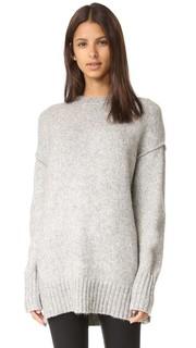 Объемный свитер с округлым вырезом R13