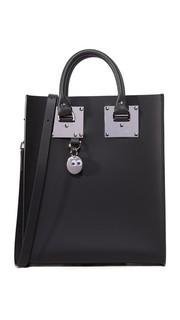 Миниатюрная объемная сумка с короткими ручками Sophie Hulme