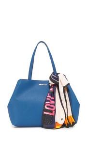 Объемная сумка с короткими ручками Love Moschino
