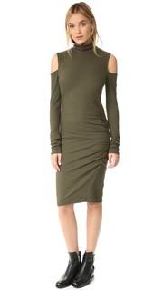 Платье с открытыми плечами и воротником под горло Pam & Gela