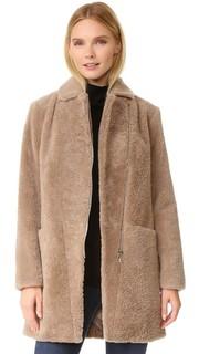 Пальто из короткой шерсти Doma