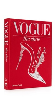 Vogue: The Shoe Books With Style