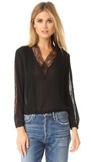 Кружевная блуза Kailtlyn с V-образным вырезом Alice + Olivia