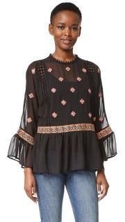 Блуза с вышивкой Endless Rose