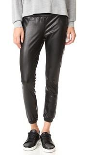 Спортивные брюки из искусственной кожи David Lerner