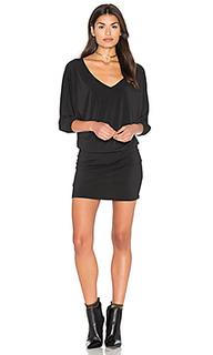Платье с двойным v-образным вырезом и рукавами-доломан - Bishop + Young
