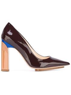 лакированные туфли с заостренным носком Delpozo