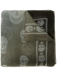 платок 'Skull' Alexander McQueen