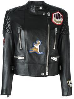 байкерская куртка с нашивками Coach